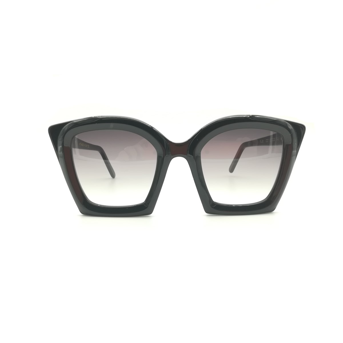 LUXURY EYEWEAR DESIGN, HANDMADE IN ITALY BAYRIA EYEWEAR
